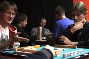 01-liga-riichi-mahjong-igra-vizova
